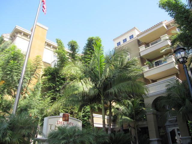 Del Rey Terrace