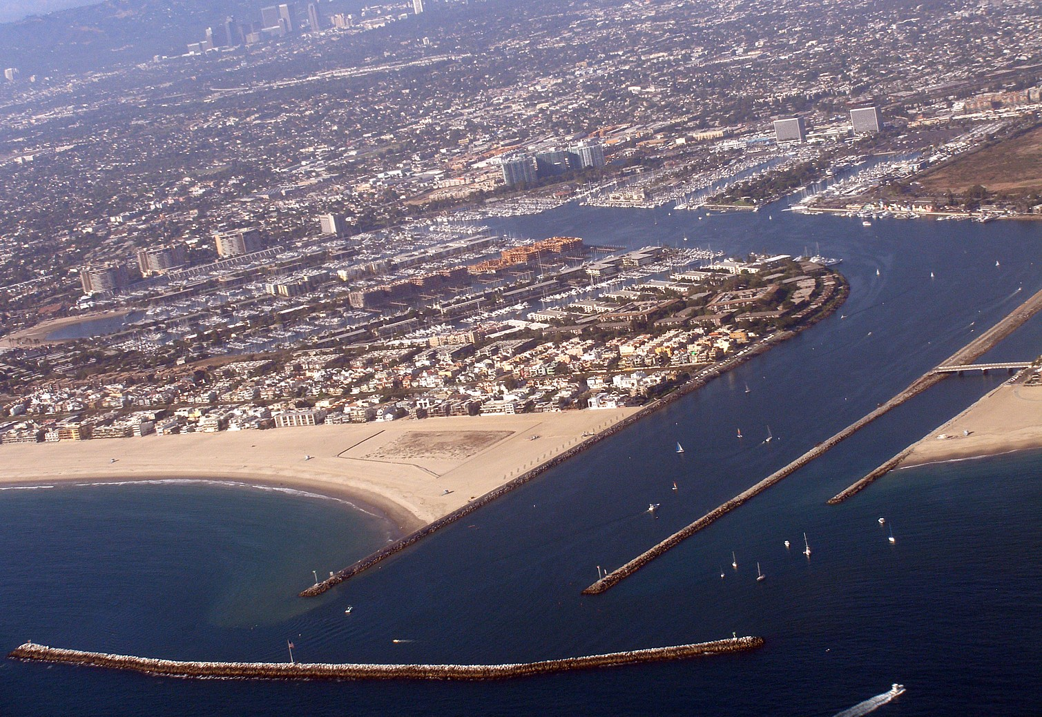 2000′ Over Marina Del Rey, California – Aerial Time Lapse Kite Photography – Marina del Rey Real Estate – MDR Condos