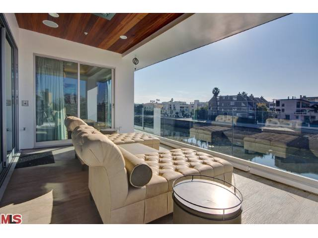 Stunning New Construction on the Grand Canal in Marina del Rey:  4803 Roma Court – $5,850,000 – Call me for details: 310-780-9396