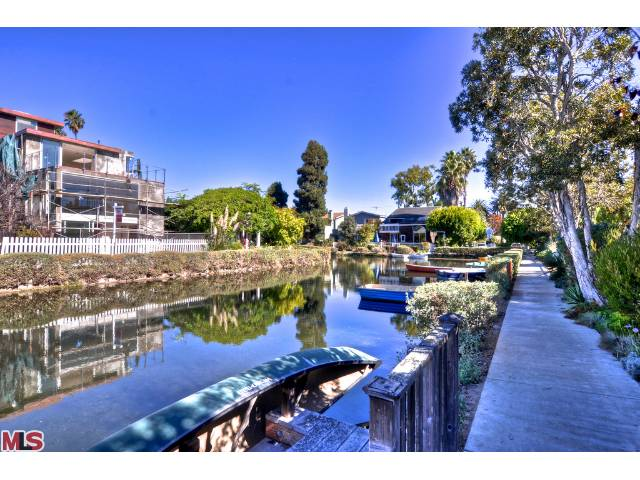 New Construction on the Venice Canal – 453 Sherman Canal – $3,925,000
