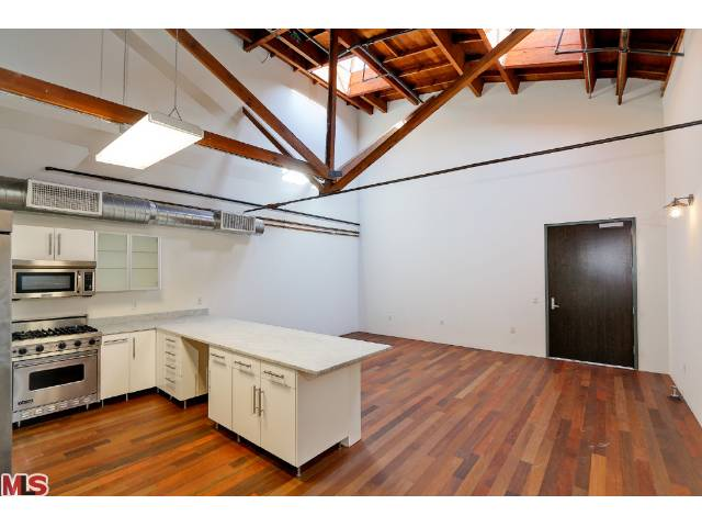 Princeton Lofts in Marina del Rey – Great Urban Lofts w/ Lots of Different Floor-plans Available