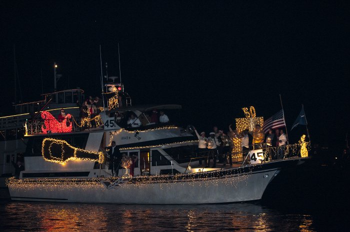 Marina del Rey Boat Parade – 51st Annual MDR Christmas Boat Show