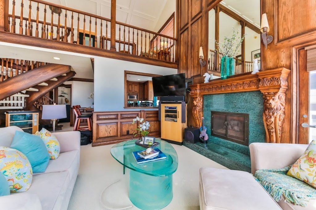 1 Catamaran Living to Kitchen