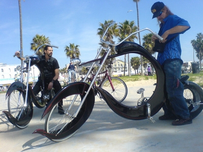 Beach Cruiser Groupon in Venice | Rent a Bike and Tour the Neighborhood