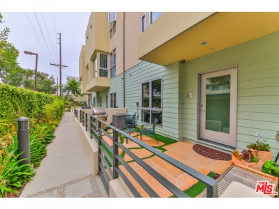New Listing in Latitude 33 | 310 Washington #104 | $1,360,000