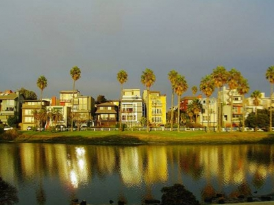 Current Condo Inventory in Playa del Rey