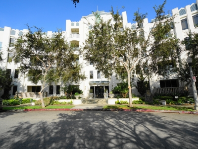 View the Current Condos on the Market in Playa Vista
