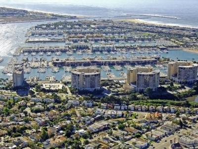 Marina City Club   Marina del Rey High Rise Real Estate