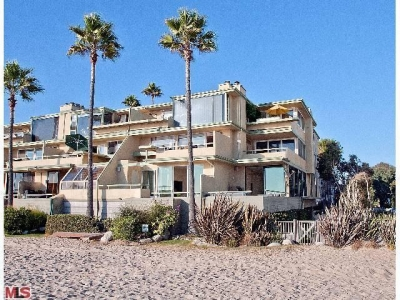Deal of the Month!!  MARINA DEL REY – Gorgeous Designer Condo on the Sand – 7 Northstar – Sold